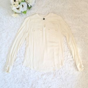 RW&CO White Cream Crepe Blouse Long Sleeve Top Size XS Button Neck Pockets Light